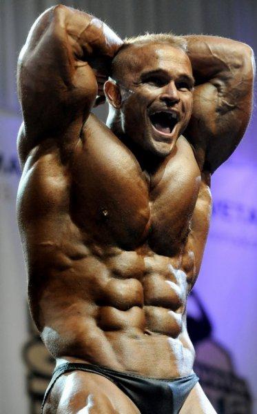 Эффективные упражнения для мышц пресса в бодибилдинге