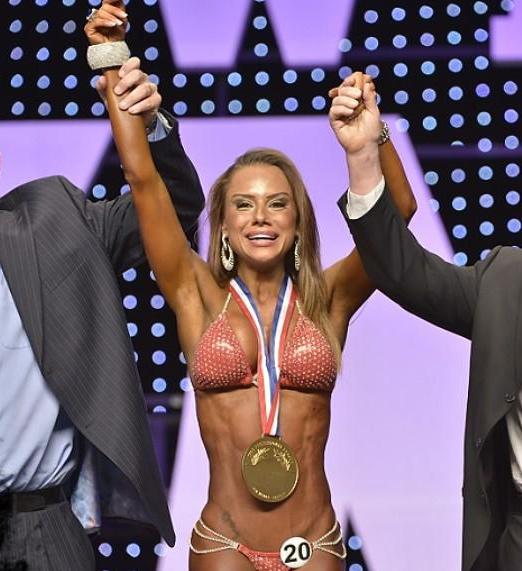 Мисс бикини 2012 победительница