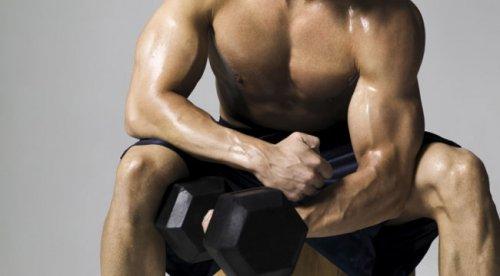 9 секретов, которые помогут строить мышцы быстро