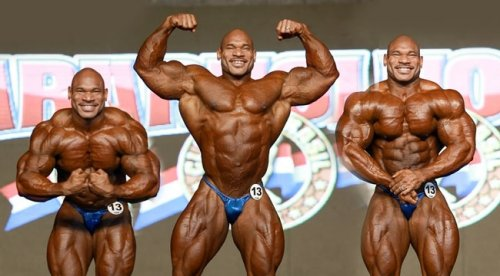 Фред Смоллс готовится к 2013 Chicago Pro Wings of Strength