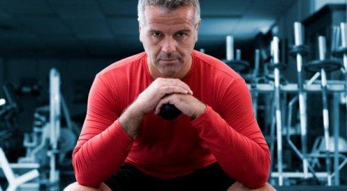 Какие спортивные добавки принимать мужчинам после 40?