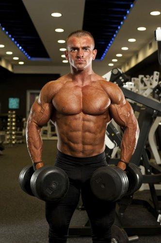 Накачиваем мышцы правильно и безвредно