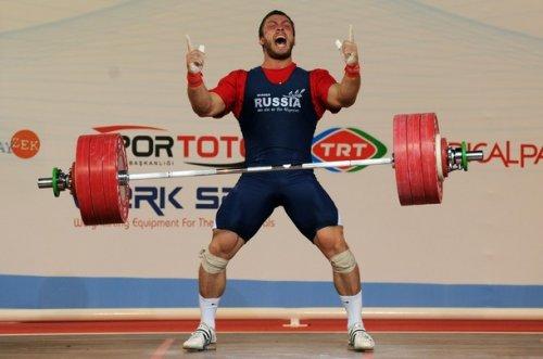 Как тренируются российские тяжелоатлеты