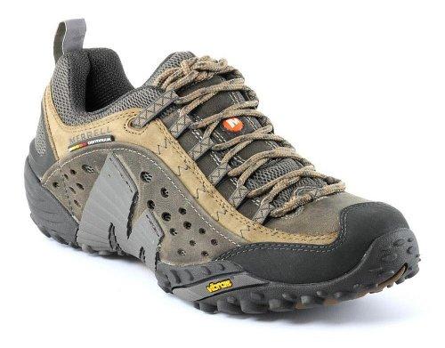 Обзор отличий в подошвах кроссовок